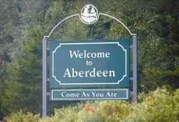 By User:Surachit, Paul Fritts (uploaded by ChrisB) (Image:Welcome to Aberdeen.jpg) [Copyrighted free use], via Wikimedia Commons